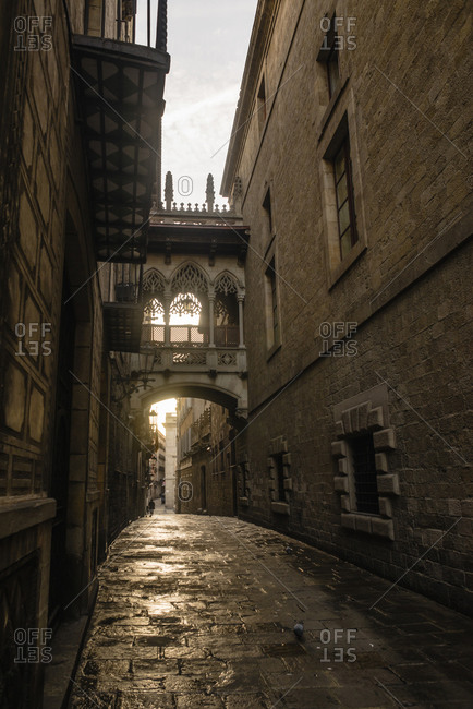 Spain, Barcelona, view to Bisbe Street in the Gothic Quarter