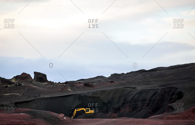 Digging machine in Iceland