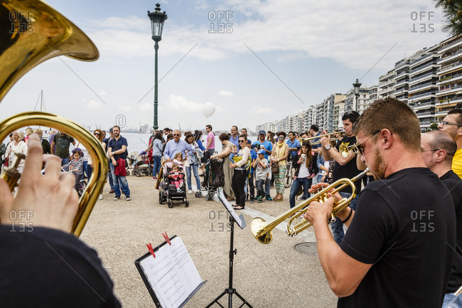 May 10, 2015: Street musicians performing at the promenade in Thessaloniki, Greece