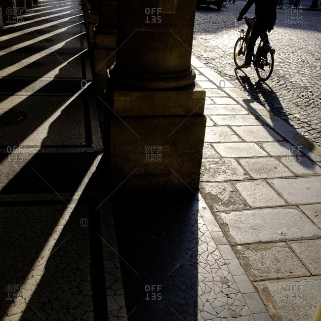- April 5, 1904: Cyclist and shadows, Paris