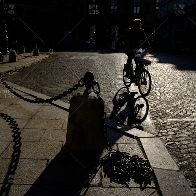 - April 5, 1904: Cyclist and long shadows, Paris