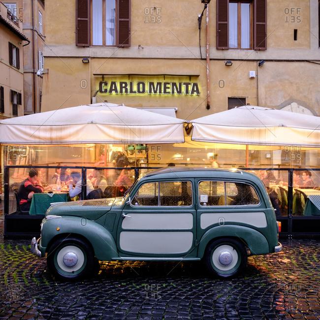 - April 5, 1904: Car in plaza in Rome, Italy