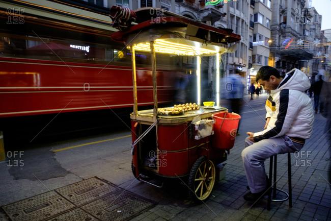 - April 5, 1904: Street vendor at dusk, Istanbul