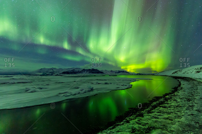 The aurora borealis in full display at Jokulsarlon, Iceland