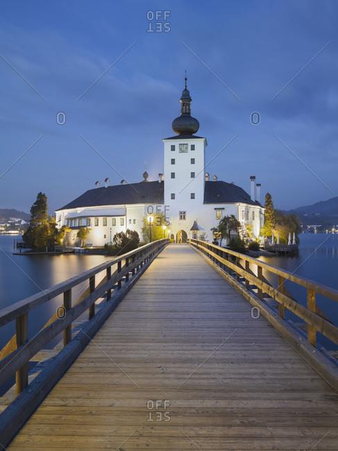 Jetty towards Schloss Orth in Gmunden