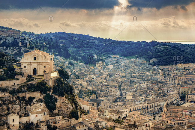 Italy, Sicily, Province of Ragusa, Val di Noto, Cityscape of Ragusa with Church San Mateo