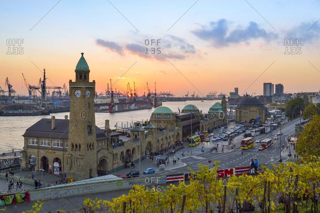 Germany, Hamburg, Port of Hamburg, Clocktower at Landungsbruecken in the evening