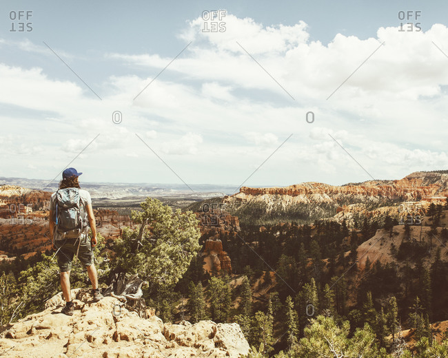 Person looking over Bryce Canyon