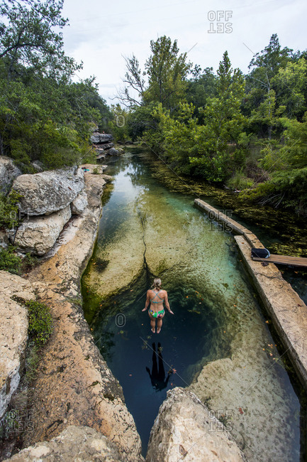 Jacobs Well in Wimberley, Texas stock photo d7389db8-2c57
