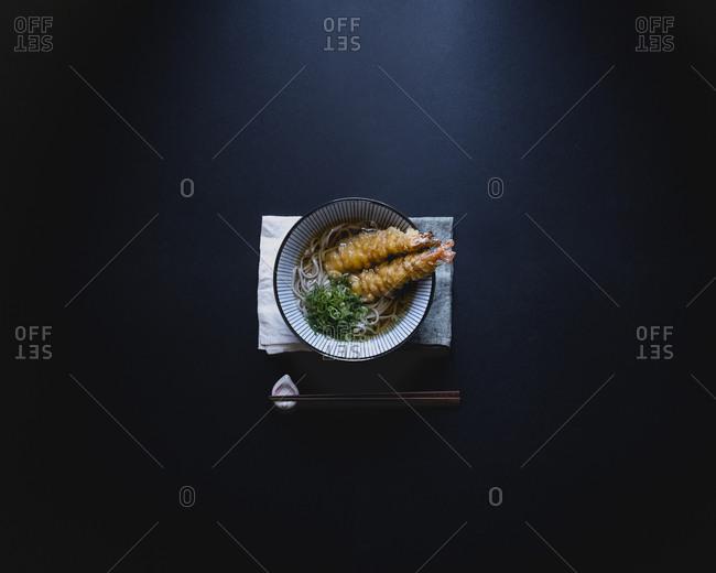 Soba noodles with crunchy shrimp tempura
