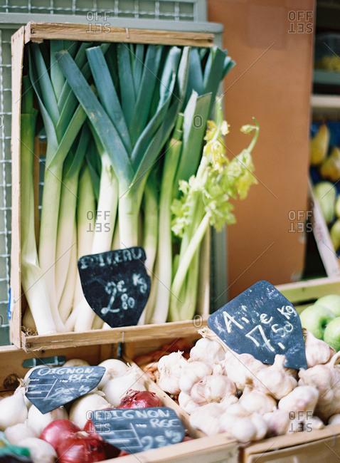 Leeks, garlic, and garlic at a farmer's market