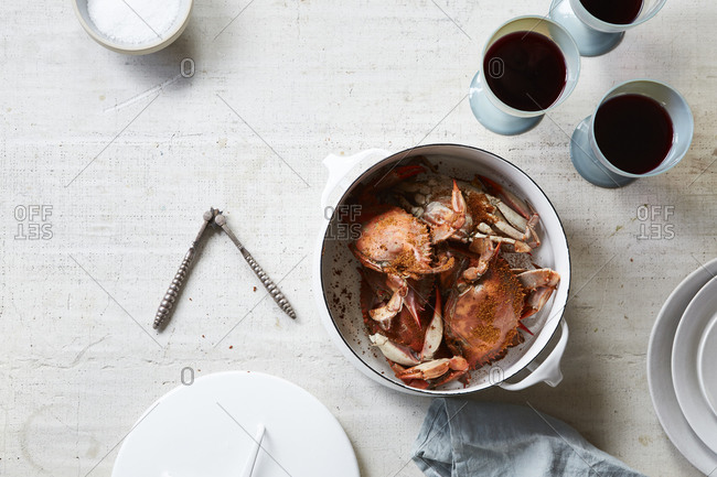 Bowl of freshly cooked crabs