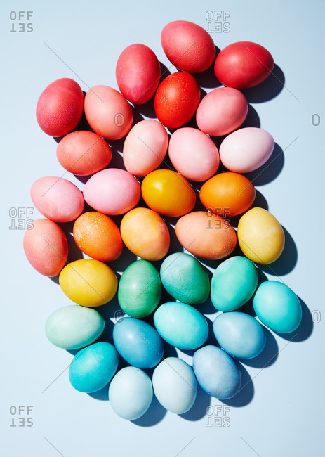 Easter eggs on a seamless background