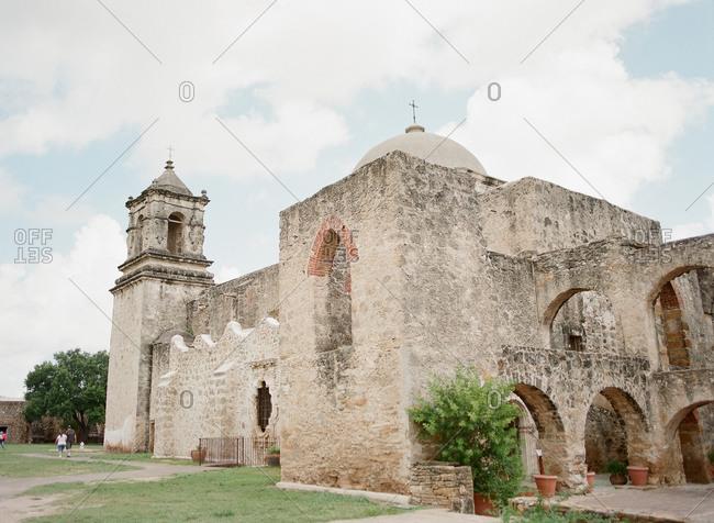 Tourists at Mission San Jose, San Antonio, Texas
