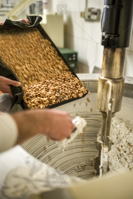Manufacturing of traditional torrone in confectionery