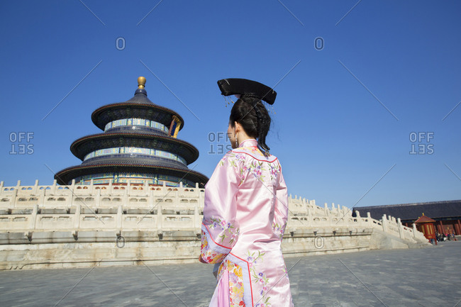 Chinese woman in period costume at the Temple of Heavenly Peace in Beijing, China
