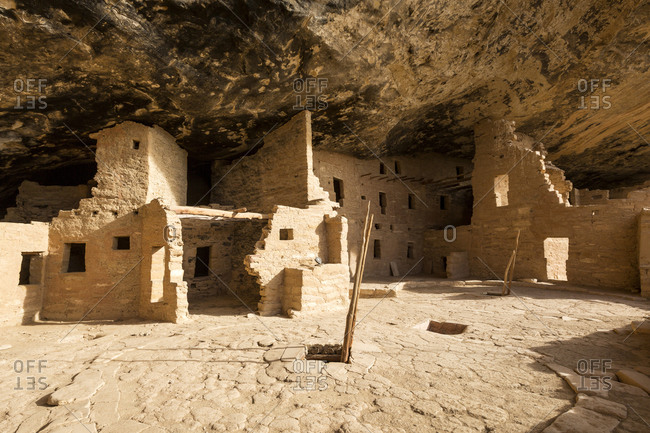 Cliff dwelling ruins in rock face, Mesa Verde National Park, Colorado, United States
