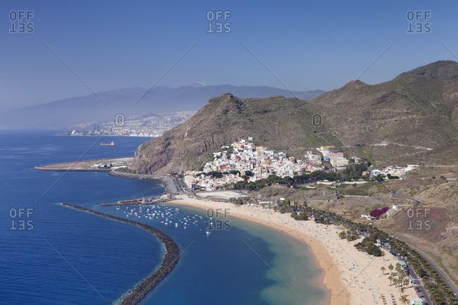 Playa de las Teresitas Beach, San Andres with a view to Pico del Teide, Tenerife, Canary Islands, Spain