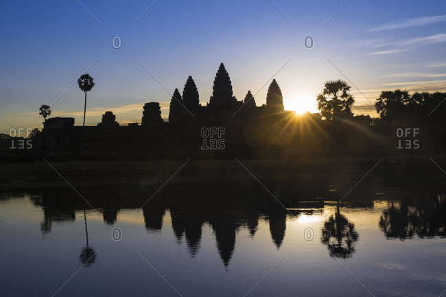 Southeast Asia, Cambodia, Siem Reap, Angkor Wat temple sunrise, UNESCO World heritage site