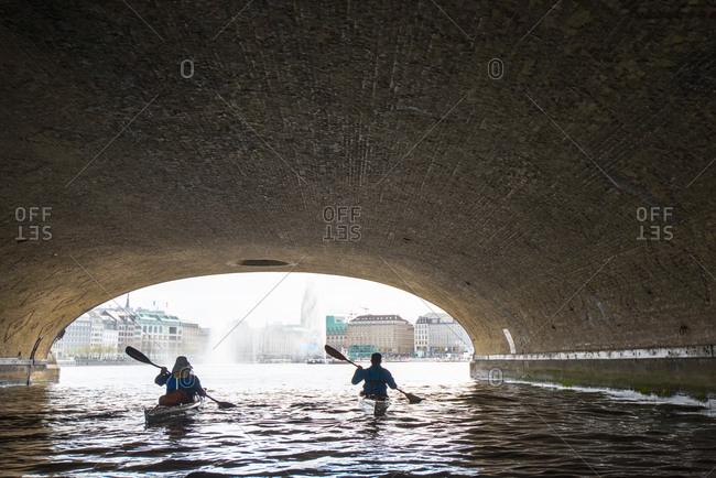 Kayak tour on Alster and Elbe through Hamburg, Germany