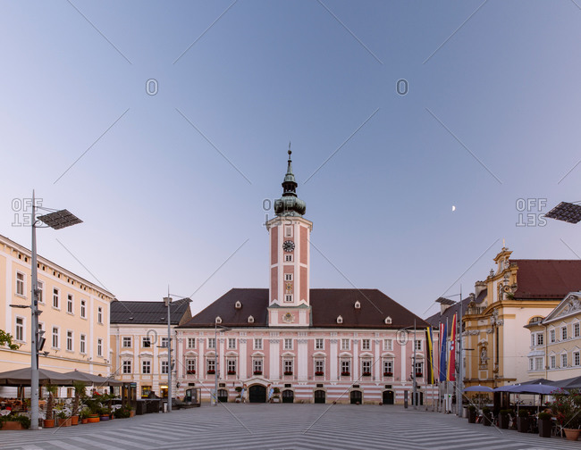 Austria, Lower Austria, St. Poelten, Townhall square and townhall in the evening