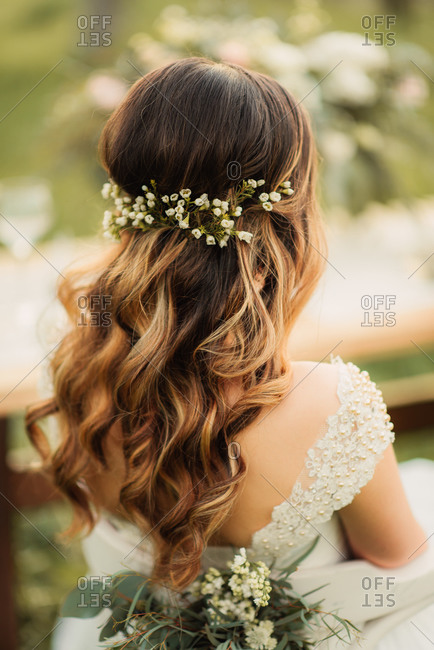 Back view of bride's wedding hairstyle