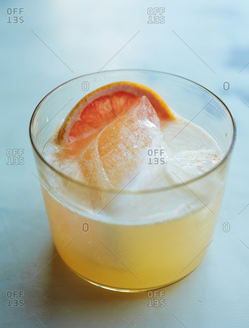Close up of a Palomaesque cocktail
