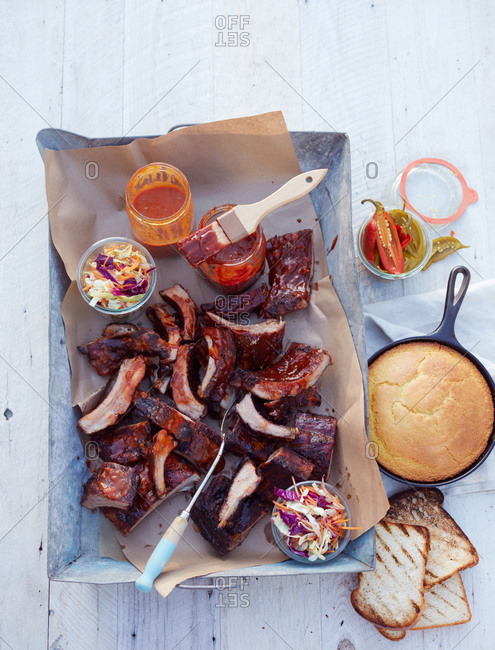 Ribs, cornbread and cole slaw