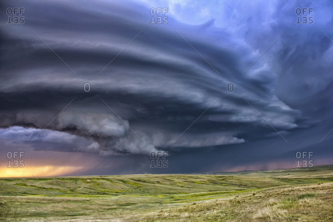 Anticyclonic supercell thunderstorm over the plains, Deer Trail, Colorado, USA