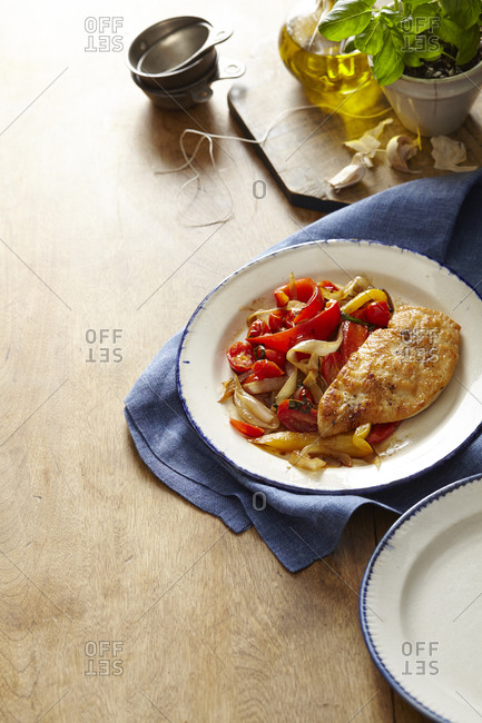 Chicken Scaloppini with onions and peppers