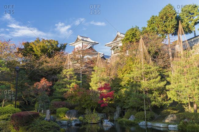 Autumn scene at the Kenrokuen Garden, Kanazawa, Japan