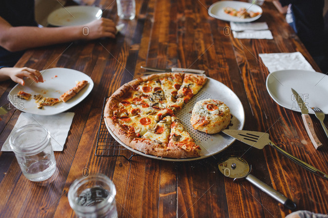Family having a pizza dinner