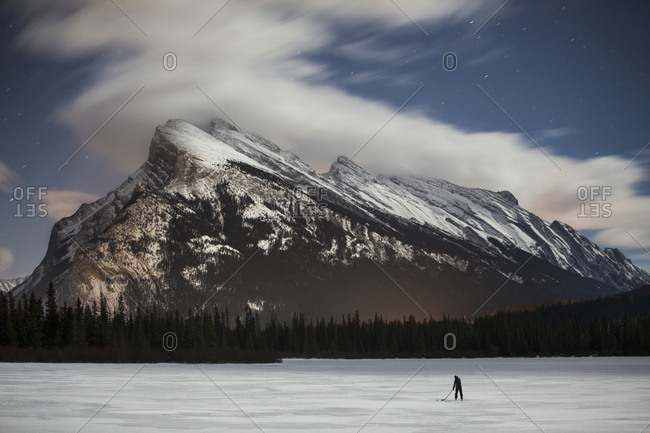 Ice hockey Mount Rundle