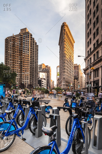 Flatiron Building with Citibike hire
