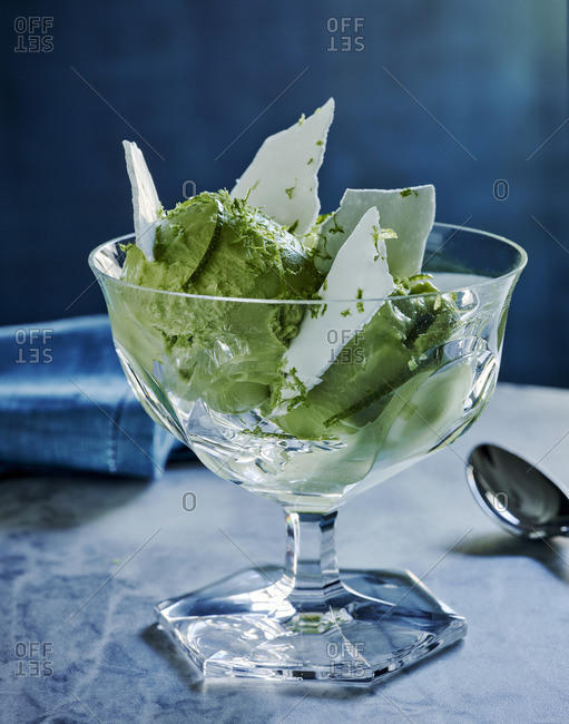 Avocado with iced slivers