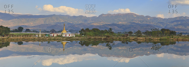 Panoramic view of the Inle Lake at sunrise