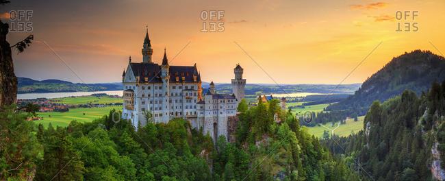 Schloss Neuschwanstein at sunset