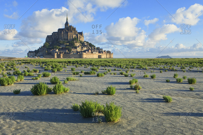 low tide with Mont Saint-Michel