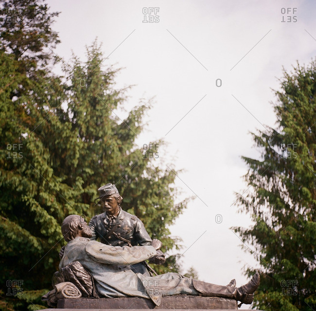 Historic monument depicting Civil War soldiers