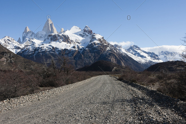 Road with view of Mount Fitz Roy in Los Glaciers National Park , Argentina