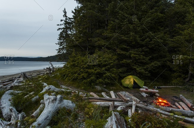 A camping site with fire on the coast of Olympic National Park in Washington