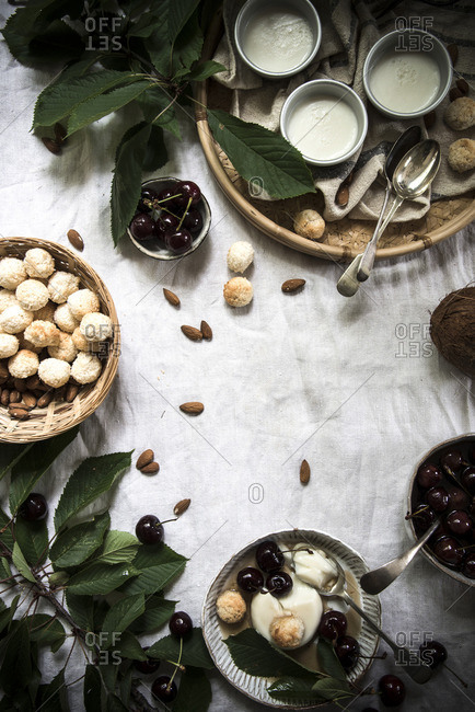 Coconut panna cotta