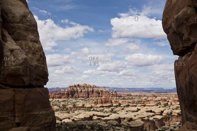 View of rock formations at Chesler Park in Utah