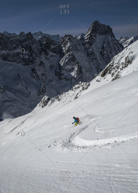 Cross country skiing in Vallon du Selle