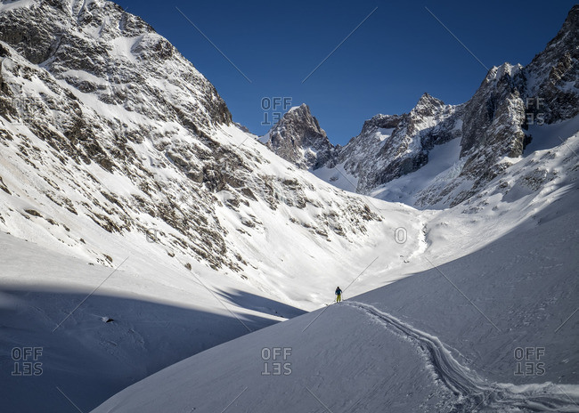 Off-Piste skiing in Vallon du Selle