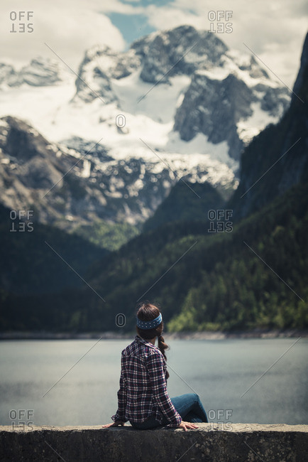 Woman relaxing at Gosausee - Offset