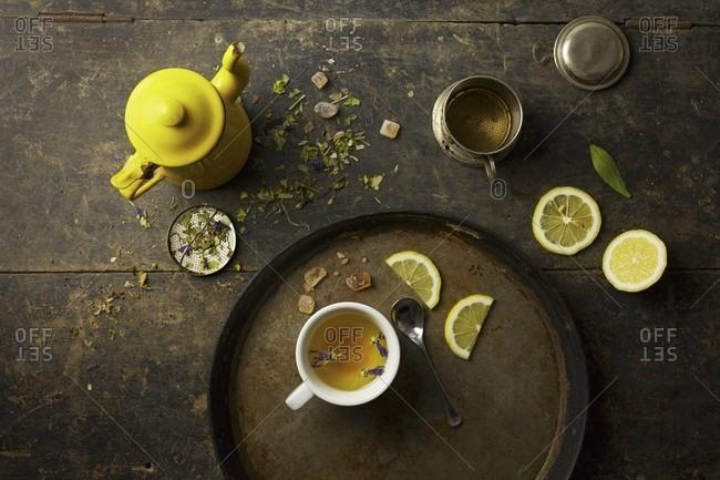 Herb tea, rock sugar and lemon