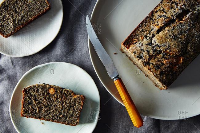 Serving black sesame loaf cake