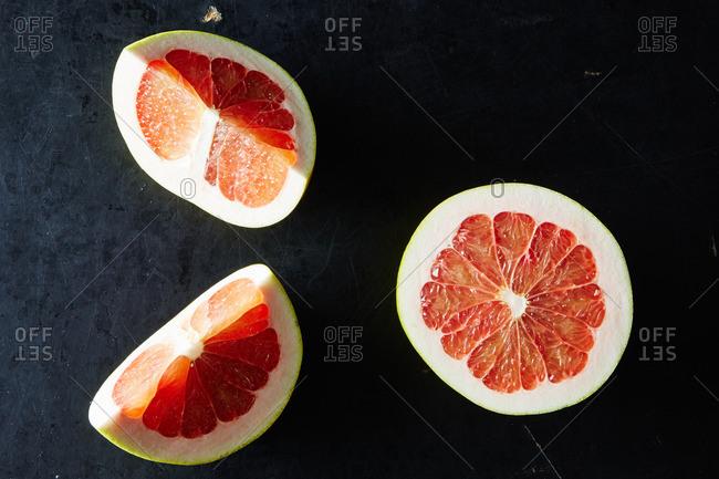 Slices of pomelo citrus