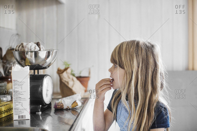 Sweden, Little girl cooking